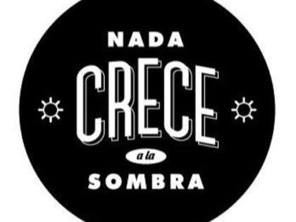 V.A | NADA CRECE A LA SOMBRA (2017)
